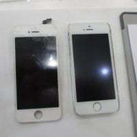 iPhoneフロントガラス割れ修理