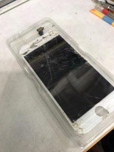 iPhone6画面ガラス割れ修理寝屋川