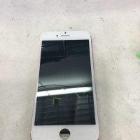 iPhone6s画面のガラス割れ修理後